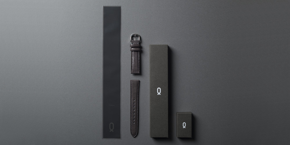 Knot ストラップと商品ケース