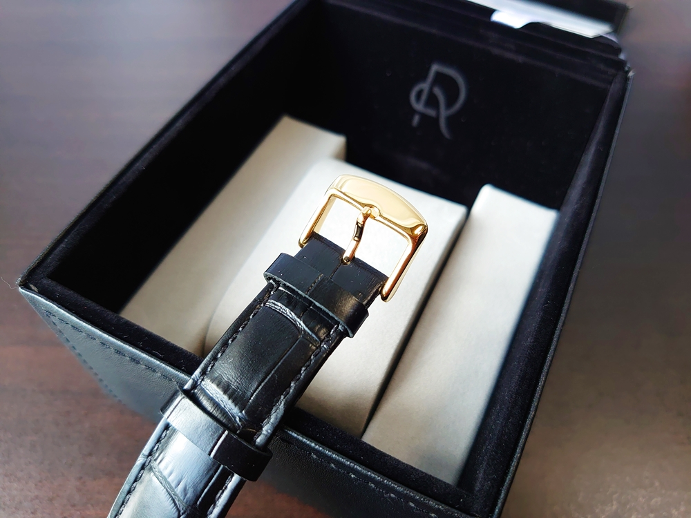 ルノータス 腕時計 バックル